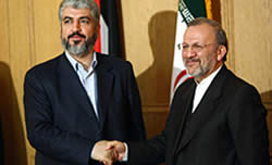 Khaled Mashaal with Iranian foreign minister Manuchehr Mottaki