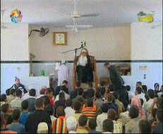 Ismail Haniya delivering the Friday sermon at a mosque in Rafah