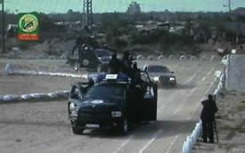 Using police vehicles in Izz al-Din al-Qassam Brigades training