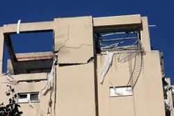 Apartment house in Ashdod takes a direct hit on January 1