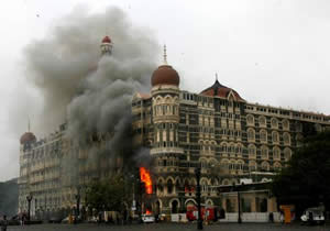 Mumbai's Taj Mahal Hotel on fire