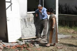 A house in Sderot suffers a direct hit