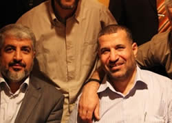 Ahmed Jaabari and Khaled Mashaal in Cairo (Picture from the shehab.ps website, May 3, 2012).