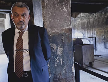 Ziad al-Bandak visits Auschwitz (Picture from the PALDF forum website, July 28, 2012).
