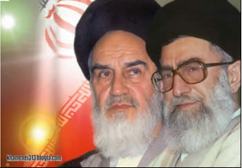 Ayatollah Khamenei (right). Will he be forced to follow the example of his predecessor, Ayatollah Khomeini (left), and drink from the poisoned chalice? (khamenei313.blogfa.com)
