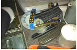 Some of the weapons seized in Yatta (IDF Spokesman's website, November 28, 2012)