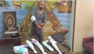 Muhammad Dura al-Taliawi, a terrorist operative detained by the Egyptian authorities in March 2014, admitted to having fought in the ranks of the Al-Qaeda-affiliated Al-Nusra Front in Syria. He is shown with weapons he obtained which he said were to be used to attack Israel from the Sinai Peninsula. The attack was not carried out (YouTube).