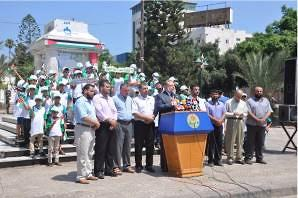 Usama al-Mazini announces the opening of the summer camps (Filastin Online, July 8, 2017).