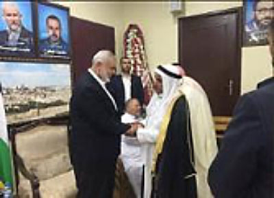 Ismail Haniyeh greeting well-wishers at his home in the Al-Shati refugee camp in Gaza with Sheikh Taha Al-Astal, Chairman of the Reconciliation Committee in the town of Al-Qarara (Twitter account of Sheikh Taha Al-Astal, 2 September 2017).