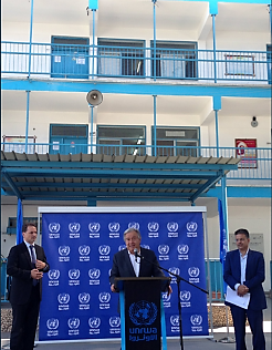 United Nations Secretary General Antonio Guterres holding a press conference in an UNRWA school in the northern Gaza Strip (UN Spokesman's Twitter account, 30 August 2017).