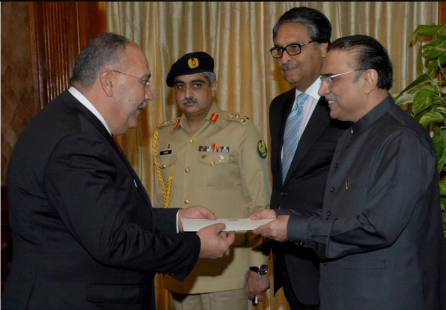 Ambassador Walid Abu Ali presents his credentials to former President of Pakistan, Asif Ali Zardari, December 25, 2012 (Facebook page of Ambassador Walid Abu Ali, December 28, 2012).