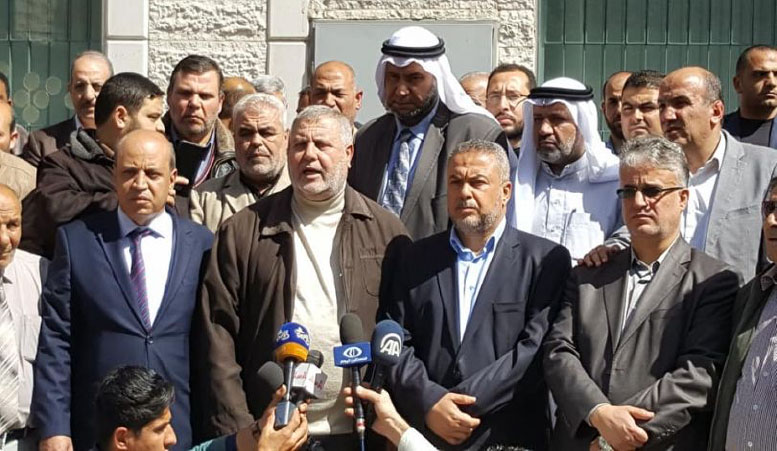 The press conference. Second from the left is Imad al-Agha, senior Fatah figure; next to him is PIJ activist Khaled al-Batash; at the far right is Hamas activist Isma'il Radwan (Quds Press, March 7, 2018).