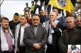 Senior Fatah figure Sultan Abu al-E'inin gives a speech during the March. At the center is Wasfi Kabha, senior Hamas leader in Jenin (jeningate and the Facebook page of Jenin al-Hadath, February 9, 2018).