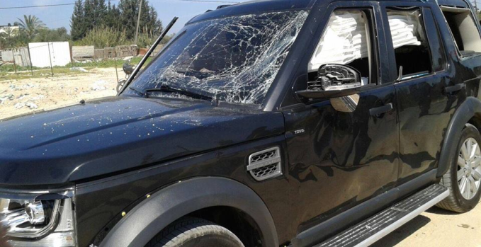 One of the vehicles damaged by the explosion (Facebook page of Khaber Press, March 13, 2018).