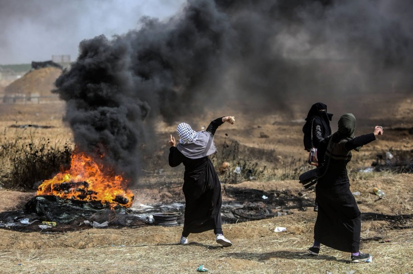 Palestinian women actively participate in clashes with IDF forces on the Gaza border(Palinfo, April 14, 2018).