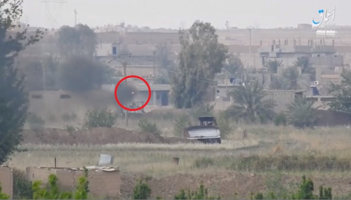 Anti-aircraft missile launched by an ISIS operative at a Syrian army bulldozer on the outskirts of the city of Albukamal (Amaq, April 13, 2018)