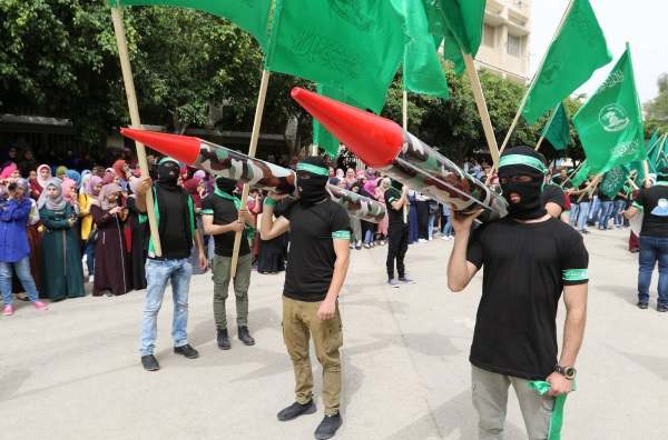 A display of rocket models as part of the campaign propaganda of the Islamic Bloc, running for election at the Palestine Technical University Kadoorie for the first time (Facebook page of the Islamic Loyalty Bloc at the Pe Technical University Kadoorie, May 12, 2018).