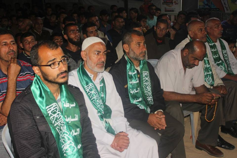 As'ad Abu Salah (second from left), Saadi's uncle and a released prisoner, at the service (Hamas' media unit in Beit Hanoun, May 17, 2018)