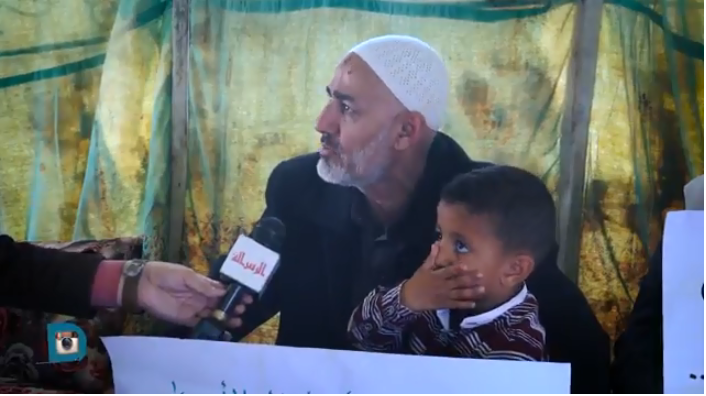 As'ad Abu Salah, uncle of Saadi Abu Salah, during a hunger strike held to protest  the PA's decision to stop payments to prisoners, two of them his children and one a  nephew (alresala.net on YouTube, May 5, 2018)