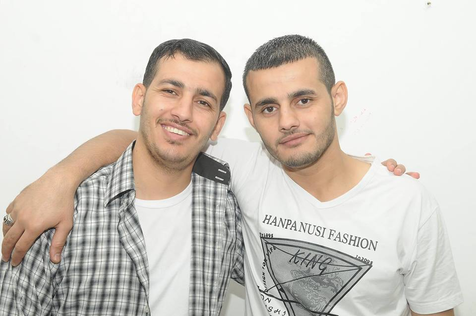 Two cousins of Saadi Abu Salah, who are imprisoned in Israel: Fahmi Abu Salah (left) with his brother Salah (right) (Facebook page of their father As'ad Fahmi Abu Salah, December 8, 2017).