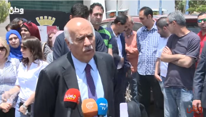 Jibril Rajoub at a rally in front of the Argentinean legation in Ramallah protesting the Israel-Argentina friendship soccer game (al-Watan YouTube channel, June 3, 2018).