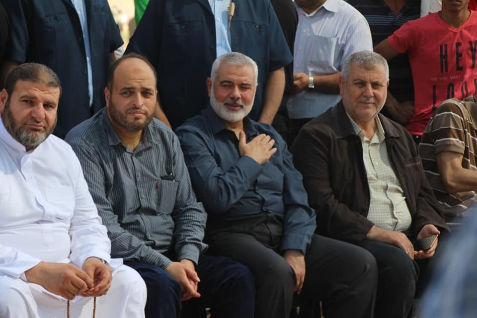 Isma'il Haniyeh, Khalil al-Haya and senior PIJ figure Khaled al-Batash in eastern Gaza City (Facebook page of the