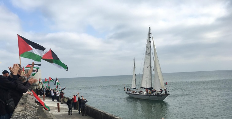 The Huriya sails from Brighton (Facebook page of Zaher Birawi, June 8, 2018).