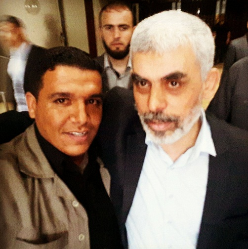 Iyad Abu Musheir with Yahya al-Sinwar (Facebook page of Iyad Muhammad, June 8, 2018).