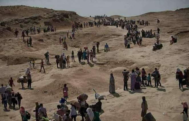 Displaced persons fleeing their villages in the Daraa area (Orient News, June 30, 2018).