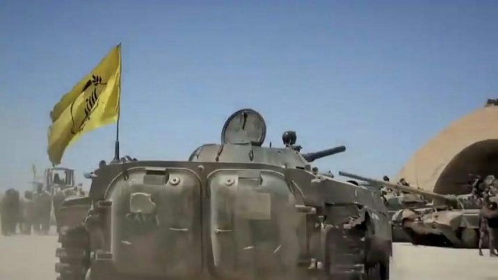 Tanks at the al-Tha'la airport in the al-Sweida region. One of them is flying the Fatemiyoun Brigade flag (Nida' Syria, June 21, 2018).