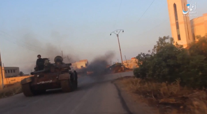 Tank of the Khaled bin Al-Walid Army in the town of Hayt (Ghurabaa, a website affiliated with ISIS, July 13, 2018)