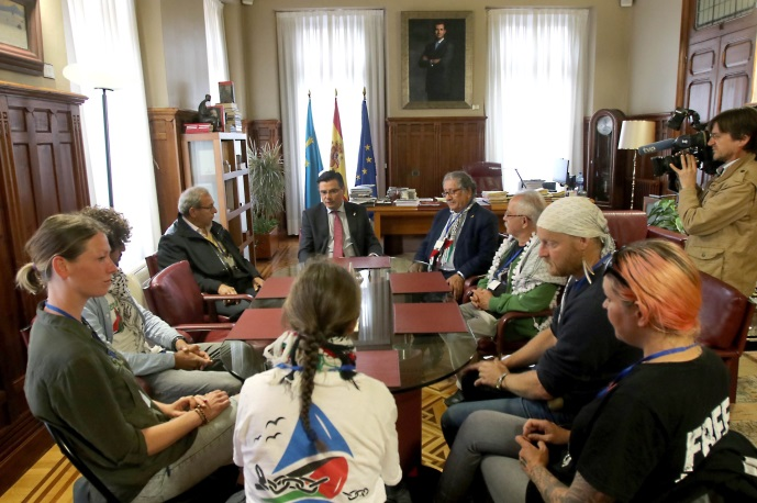 Flotilla activists meet with the chairman of the Asturias, Spain parliament (parliament website, June 15, 2018).