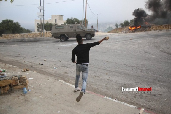Riots during IDF activities in the village of Kobar, the home of the terrorist who carried out the stabbing attack (QudsN website, July 27, 2018).