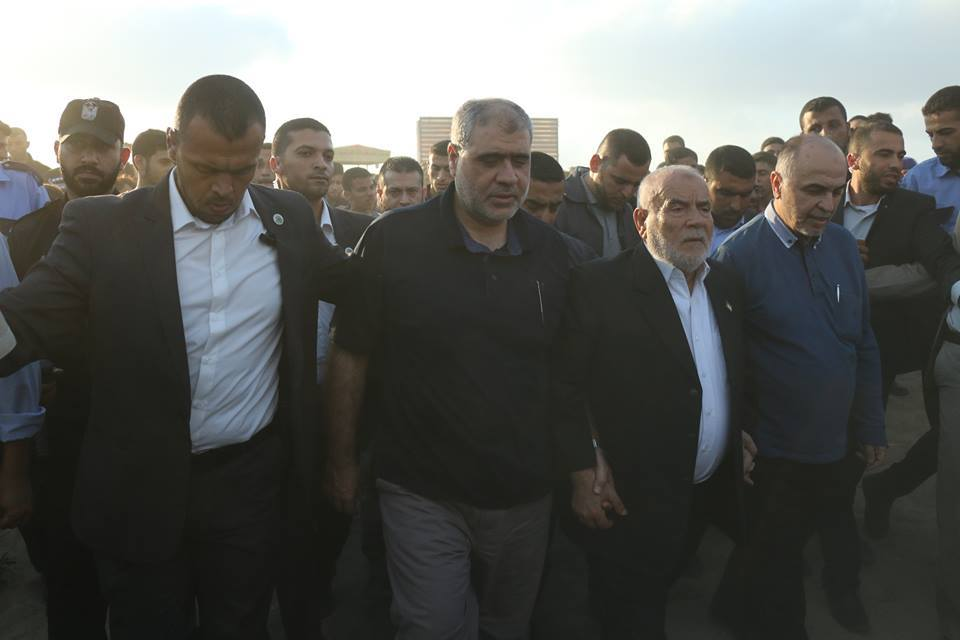 "Senior Hamas figures at a ""return march."" Right: Left to right, Ahmed Bahar, deputy chairman of the Legislative Council and a member of Hamas' political bureau; and Muhammad Nasr, a member of Hamas' political bureau."