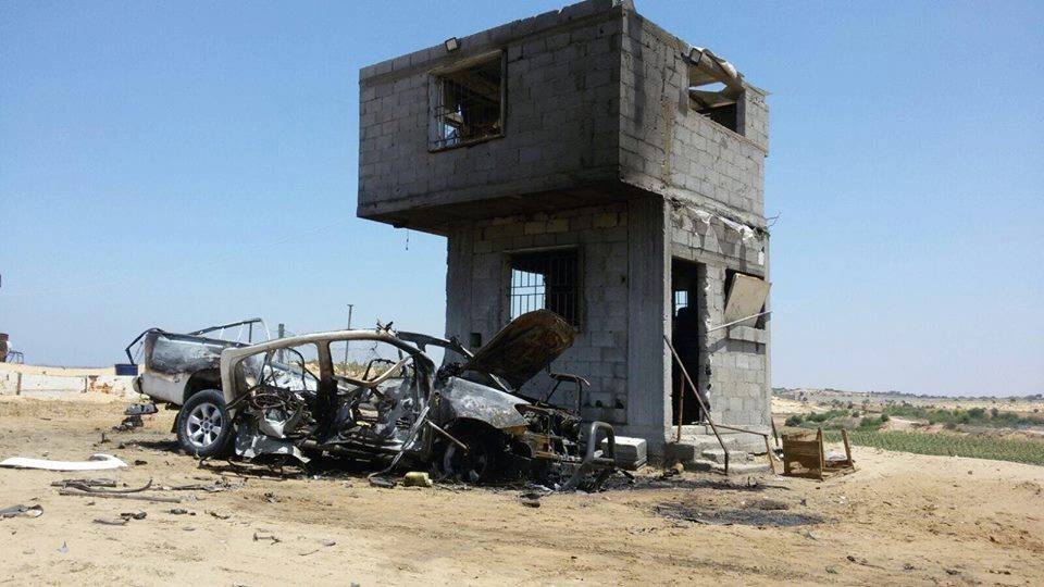 Remains of the vehicle used by the squad of incendiary balloon launchers attacked by the IDF (QudsN Twitter account, August 5, 2018).