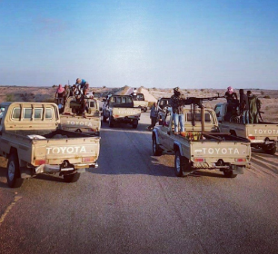 Armed tribespeople of the Sinai Tribal Union riding off-road vehicles (Sinai Tribal Union's Facebook page, September 27, 2018)