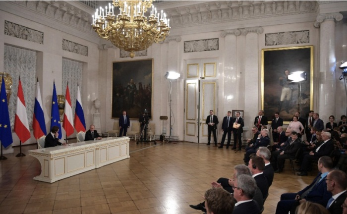The press conference held by the two heads of state after their meeting (Russian President's website, October 3, 2018)
