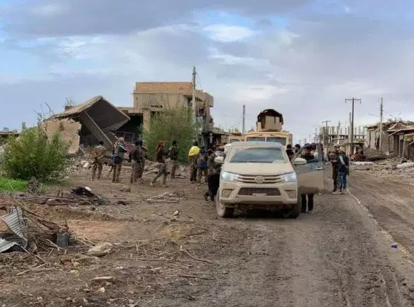 SDF fighters in the Al-Hawamah neighborhood (Al-Raqqah Post, December 8, 2018)