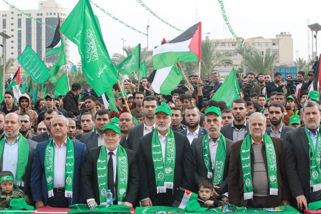 Senior Hamas figures Isma'il Haniyeh (fourth from left and Yahya al-Sinwar (fifth from left) at the rally (Palinfo Twitter account, December 16, 2018).