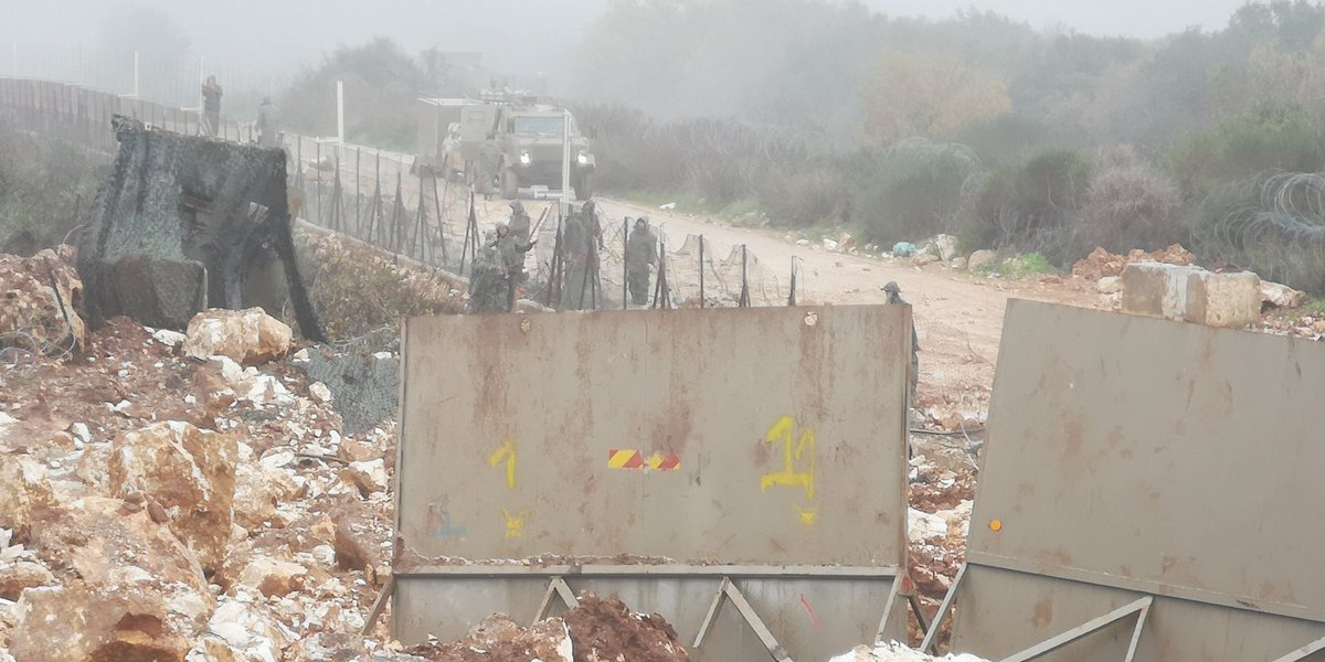 IDF forces continue activities on the Lebanese border in the region of the Israeli community of Shtula, near the village of Ayta al-Shab after blowing up the Hezbollah attack tunnel nearby (Ali Shoeib's Twitter account, December 27, 2018).