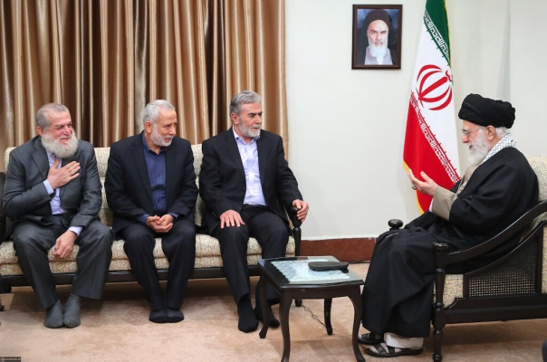 The PIJ delegation headed by Ziyad al-Nakhalah meets with Ali Khamenei, the supreme leader of Iran (Ali Khamenei's website, December 31, 2018).