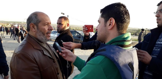 "Khalil al-Haya interviewed during the ""return march"" in eastern Gaza City (Filastin Online, January 12, 2019)."