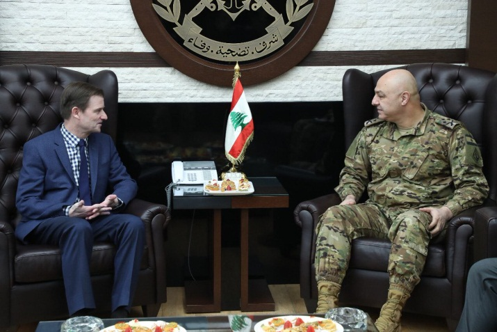 Hill meets with Lebanese army commander Joseph Aoun (American embassy in Beirut Twitter account, January 13, 2019).