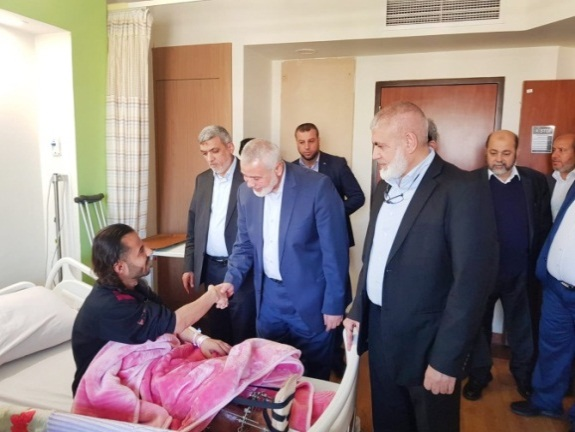 "Hamas delegation visits Palestinians wounded in the ""return marches"" hospitalized in Egypt (Hamas movement website, February 5, 2019)."