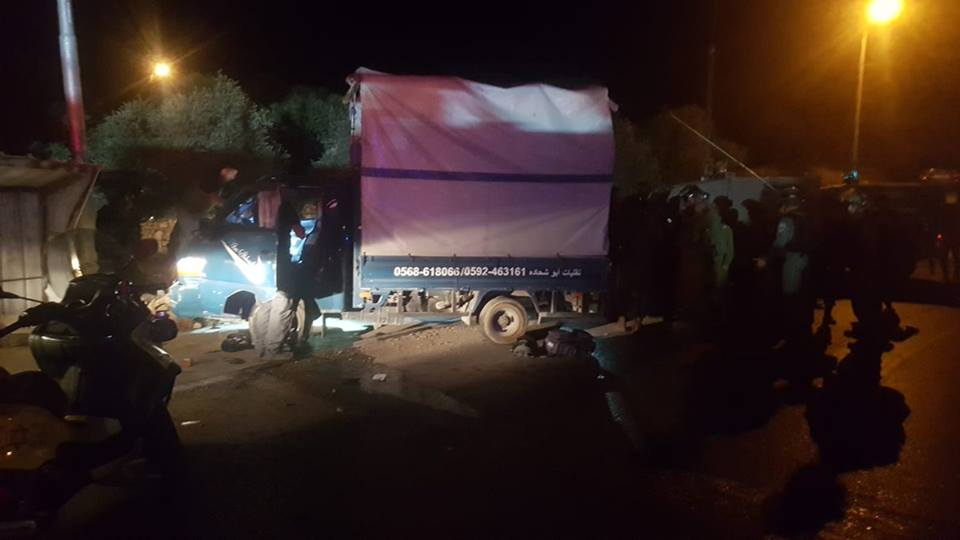 The scene of the vehicular attack near the village of Husan (west of Bethlehem) (Shehab Facebook page, June 24, 2018).