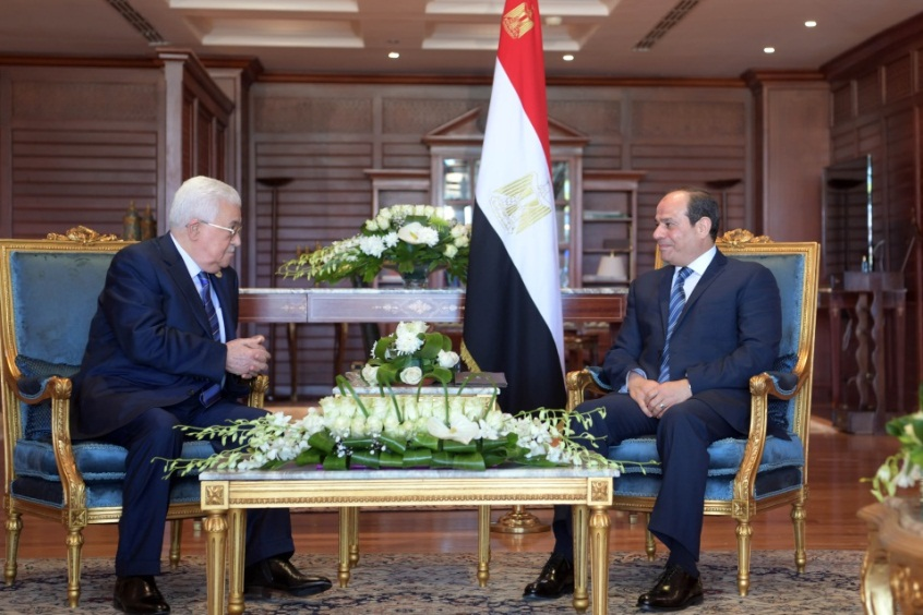 Mahmoud Abbas meets with Egyptian President Abdel Fattah el-Sisi on the sidelines of the summit in Sharm el-Sheikh (Wafa, February 12, 2019).