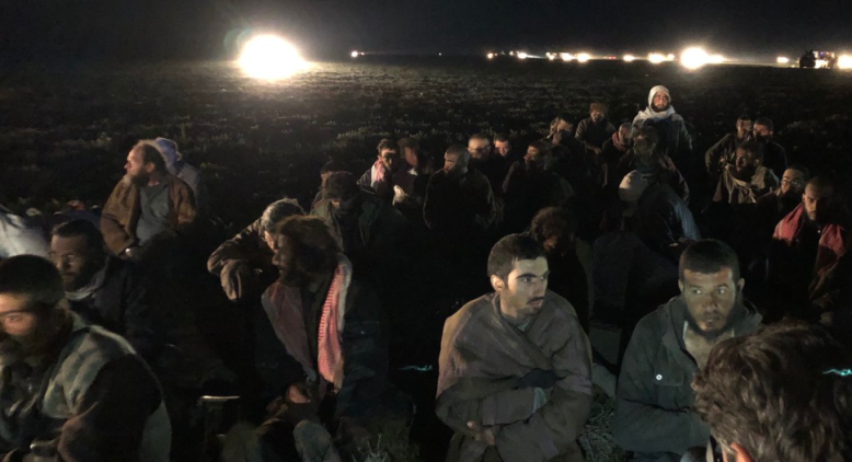 Some of the 350 ISIS operatives who have surrendered to the SDF forces in Al-Baghouz Fawqani (Twitter, February 26, 2019)