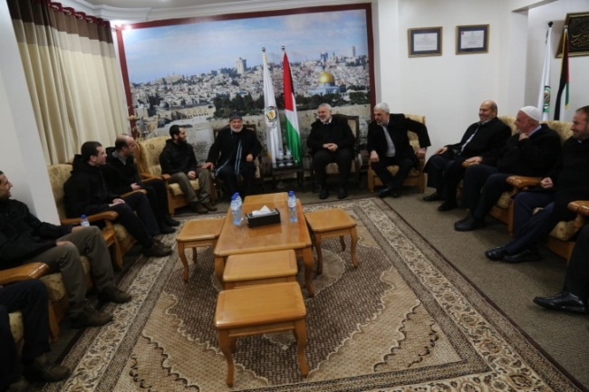 Formal reception held in Isma'il Haniyeh's office in Gaza City for the released Palestinians. Also present were senior Hamas figures Yahya al-Sinwar, Fathi Hamad, Ahmed Bahar and Khalil al-Haya (Palinfo, February 28, 2019).