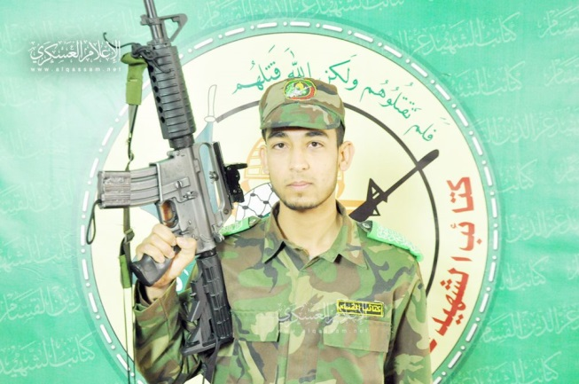 Muhammad Qadih in the uniform of Hamas military wing (Felesteen, February 27, 2019).