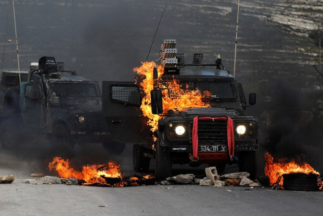 Burning IDF jeep (Palinfo Twitter account, March 27, 2019).